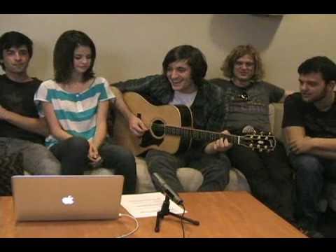Selena Gomez 09/16/09 05:57PM video http://www.ustream.tv/selenagomez