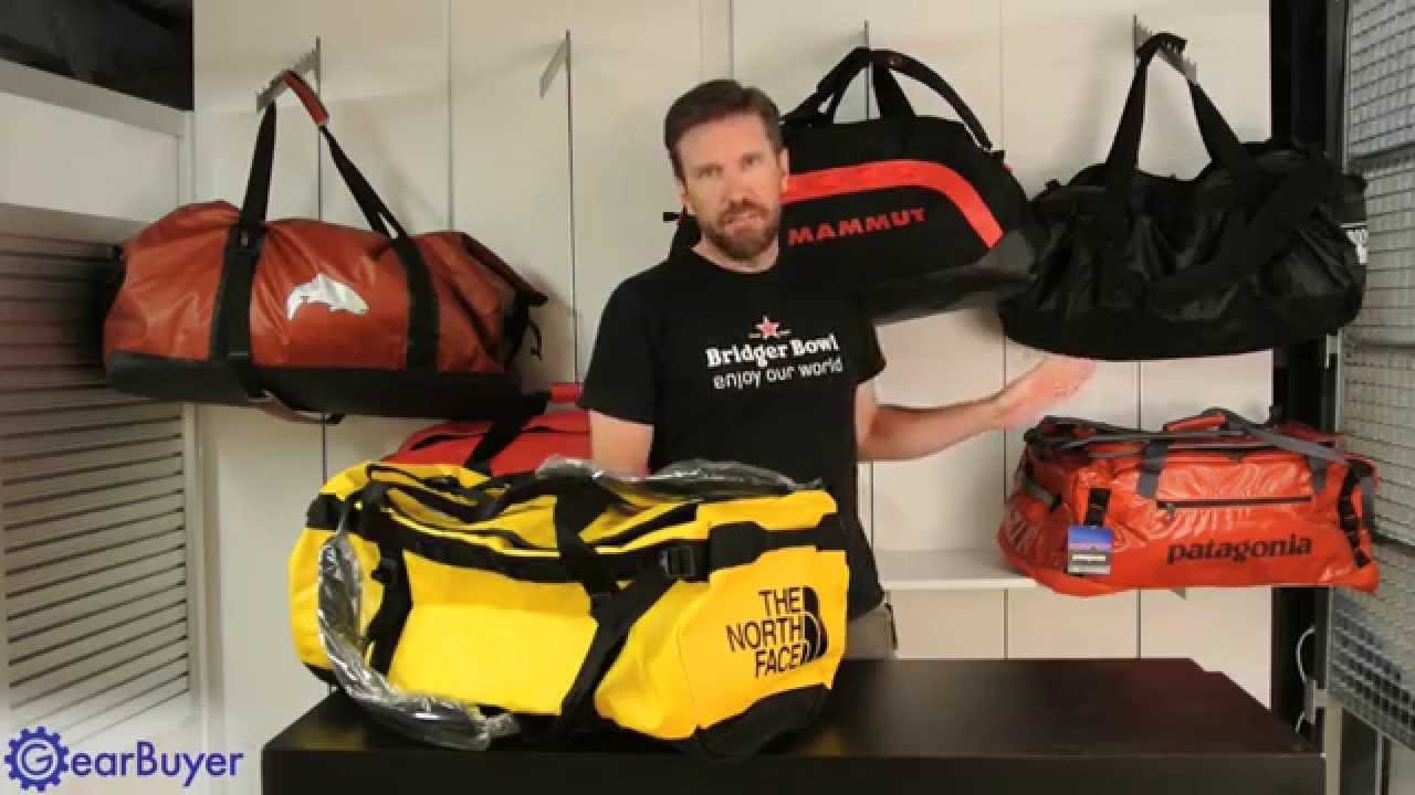 pipistrello Forma della nave venditore  The North Face Base Camp Duffel Review - YouTube