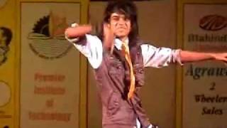 DANCE PERFORMANCE BY PRINCE (DANCE INDIA DANCE ) Fame - At Apsara Dance and Art Academy Jabalpur.flv