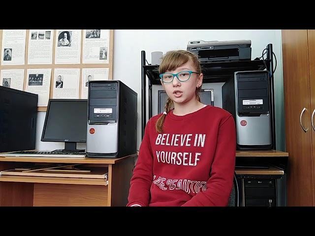 Изображение предпросмотра прочтения – КаринаМазина читает произведение «Так» М.И.Цветаевой