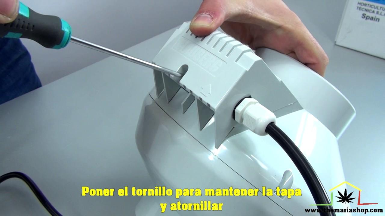 Branchement extracteur d 39 air blauberg youtube for Montage extracteur d air