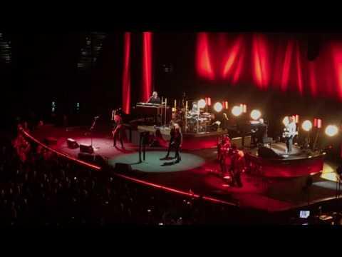 Stevie Nicks & Chrissy Hynde- Stop Draggin My Heart Around
