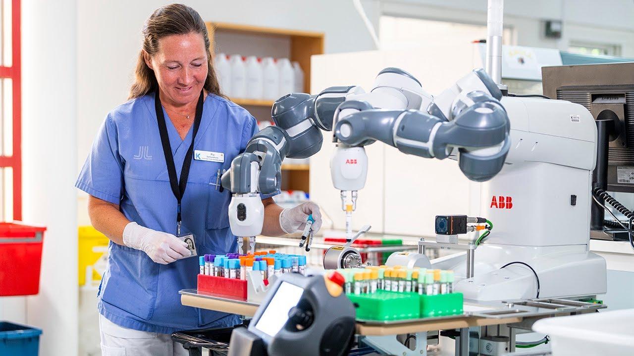 ABBs YuMi förbättrar arbetsmiljön på Karolinska sjukhuset!