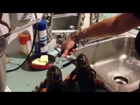 How to Cook a Lobster the Maritime Way