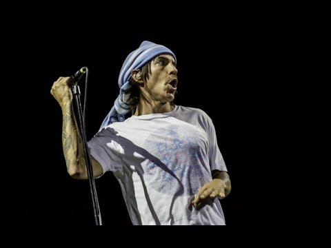 [HQ] Red Hot Chili Peppers - Intro + Power of Equality (Lollapalooza Argentina 2014)