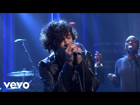 The 1975  The Sound Live on Jimmy Fallon