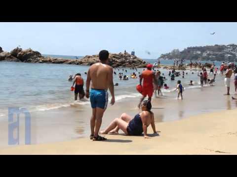Segundo día de las vacaciones de Semana Santa en Acapulco