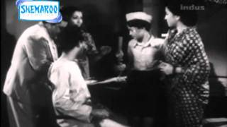 Old B/W Hindi Movie Ghar Ki Izzat Part - 3