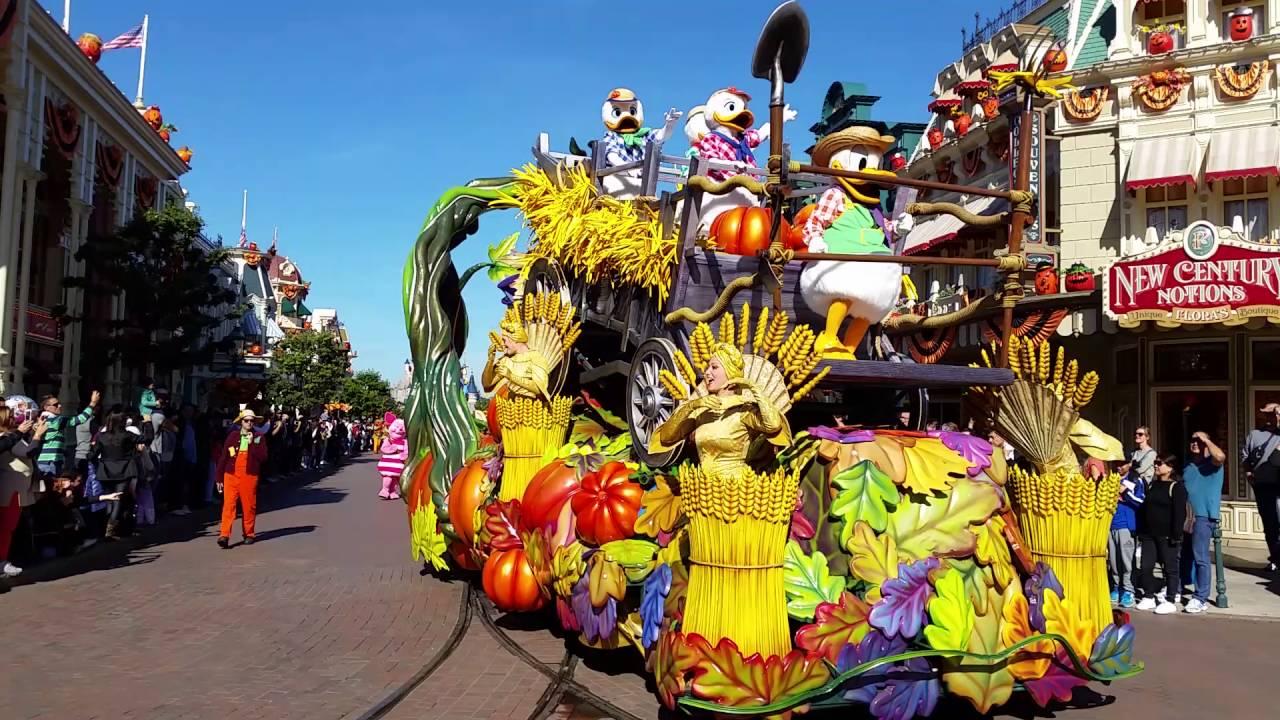 disneyland paris halloween parade/2016 - youtube