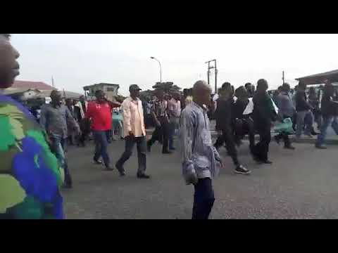 NEWS: Youths stage Pro-SARS rally in Port Harcourt