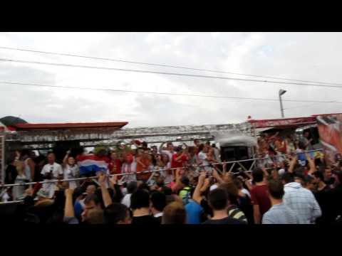 Dutch television represents: streetparade zürich 2009 scantraxx