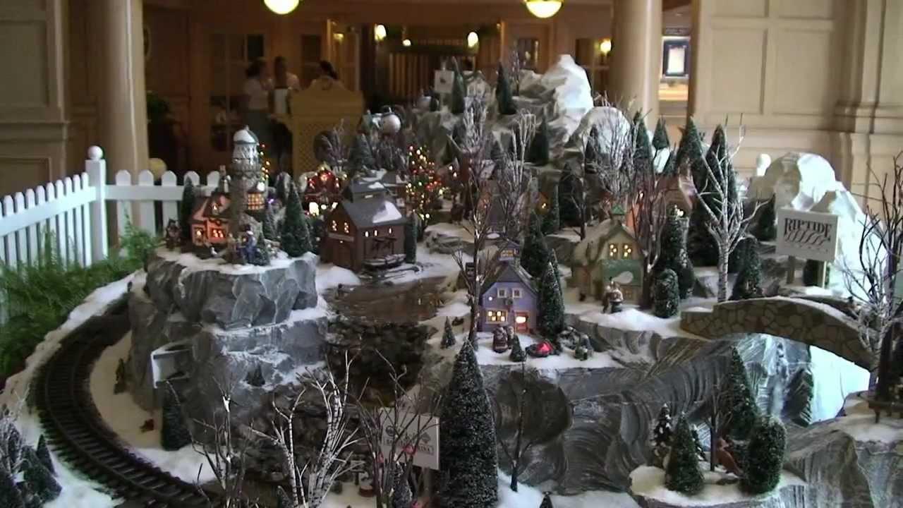 Disneys Yacht Club Holiday Train Set And Christmas Tree  Walt Disney World Youtube