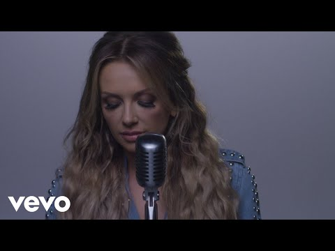 Carly Pearce – It Won't Always Be Like This