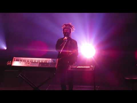 Unduh lagu We Ain't Feeling Time by FKJ @ Fox Theater Oakland - 12/15/17 gratis