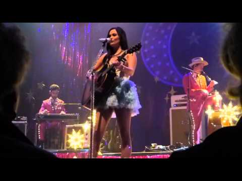 Kacey Musgraves - Family is Family