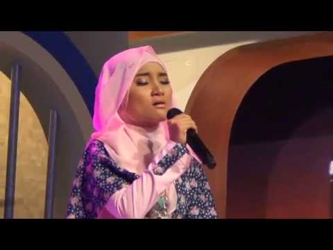 Fatin Shidqia - Diamonds Chandelier (Hitam Putih 2014)