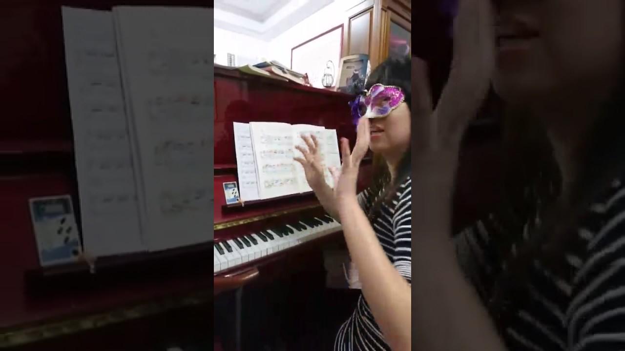 【生無可戀】20161217-熊貓魔王崩潰on the piano - YouTube