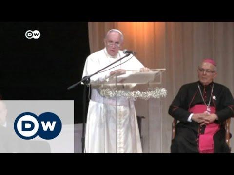 Pope urges battle against corruption | DW News