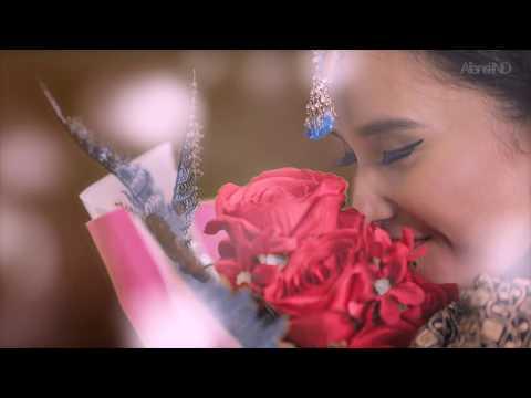 Adila Fitri [ Queen Ila ] X Ravi Bhatia - LLDR [ Official Music Video ]
