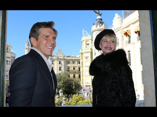 Manuel Díaz 'El Cordobés' y Esther Arroyo conocen el balcón desde dónde darán las campanadas