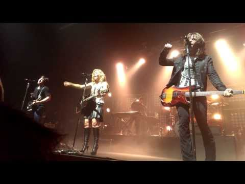 The Band Perry - Forever Mine Nevermind & Hip to My Heart & Postcard from Paris (Live)