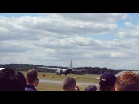 C130J Takeoff at Farnborough 2010