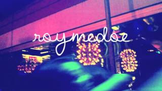 ROYMEDOE-Ur Boo Tee