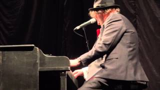 """Music : Boogie Woogie : Chas and Dave - """"I Wonder In Whose Arms"""""""