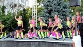 """Театр танца """"Делис"""", 6-й детский фестиваль """"Танцы народов мира"""" 2013, Евпатория"""