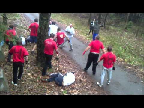 Russian football hooligans fight - Jugend (CSKA) vs MBCWO (Spartak)