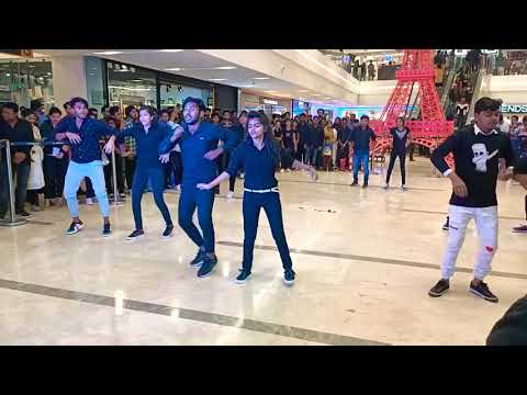 Flash_Mob 💃🏼🕺at INOX DN REGALIA🔥🔥❤️ Dance Performance ❤️🔥🔥#Kmbb Boys And Girls Rocks 😍☺️