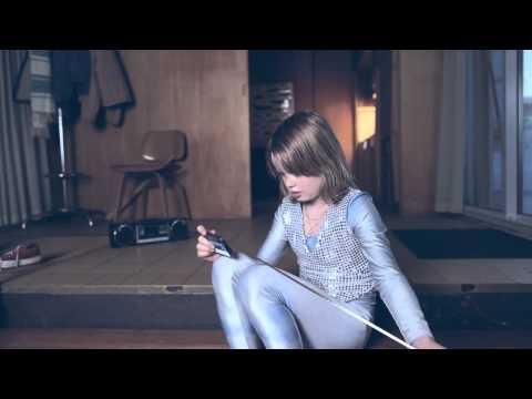 Клип Young Dreams - Young Dreams