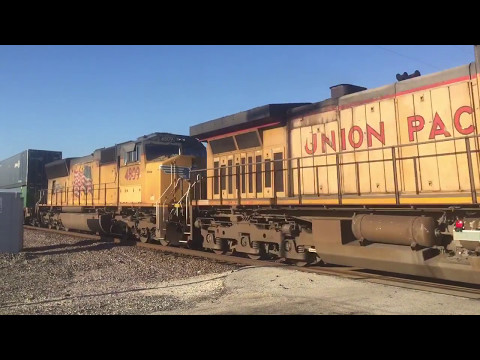 Fast Union Pacific Intermodal Train