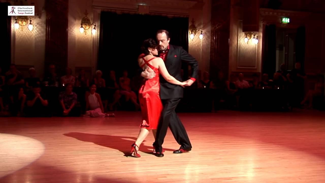 Смотреть танец танго ла кумпарсита