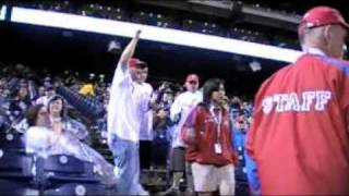 crazy drunk phillies fans vs blue jays june 17 do the stankey leg whole section gets ejected