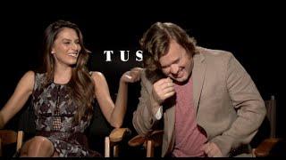 """Génesis Rodríguez y Haley Joel Osment: Su bizarra aventura en """"Tusk"""" de Kevin Smith."""
