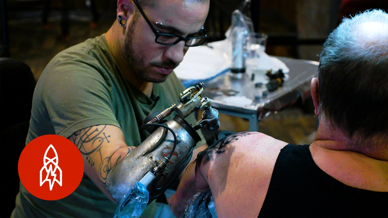 the cyborg artist tattooing with a custom prosthesis youtube