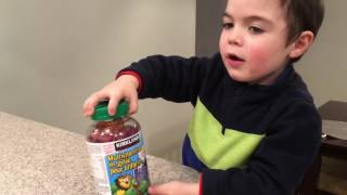 Reviewing my children's multi vitamin gummies from Costco.