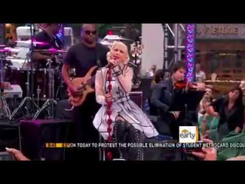 Christina Aguilera - You Lost me (Live)
