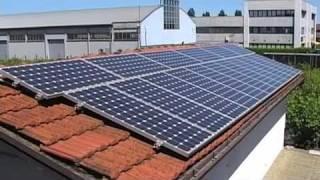 Mariella ci parla del suo impianto fotovoltaico.(Quattro chiacchiere con Mariella Mussini, proprietaria da quasi 3 anni di un impianto fotovoltaico a Reggio Emilia., 2010-06-03T17:37:10.000Z)