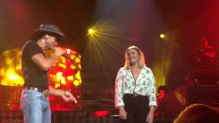 Tim and Gracie McGraw duet in Nashville 8/15/15 (Here Tonight) Full song Mp3