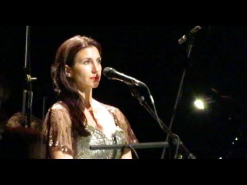 "Clara Sanabras - ""My heart will go on"" - Titanic Live - Paris (June 2015)"