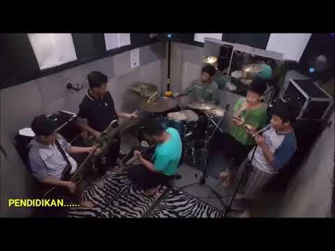 Newbie Try To Cover Music(Ojo Bolos Pelajaran)