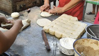 Scallion pancake、Lanzhou hand-pulled noodles/蔥油餅、蘭州拉麵—Chinese street food