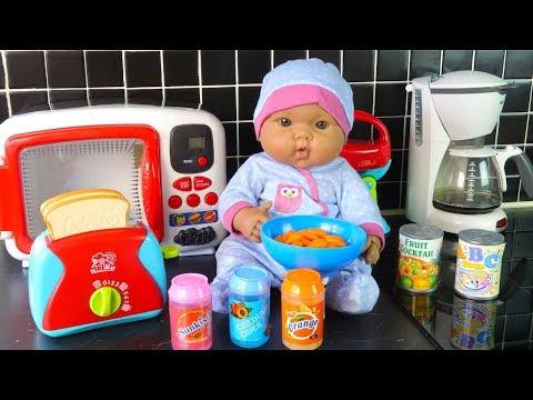 Как МАМА и Бьянка Готовили Вкусный Завтрак на Кухне Мультики для девочек Игрушки для детей
