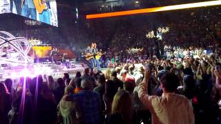 Garth Brooks live in Knoxville