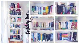 Bookshelf tour 2016 || Julie Demar