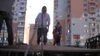 LIVE (день города Краснодара 2011, ЮМР) - Bermud MC, Тахо, Лыс - Один на один (RapBermud)