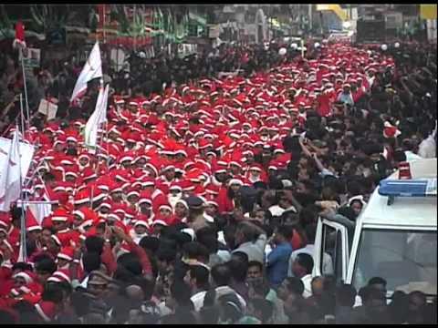 Buon Natale Thrissur.World S Largest Carole Buon Natale 2014 18 122 Santas India