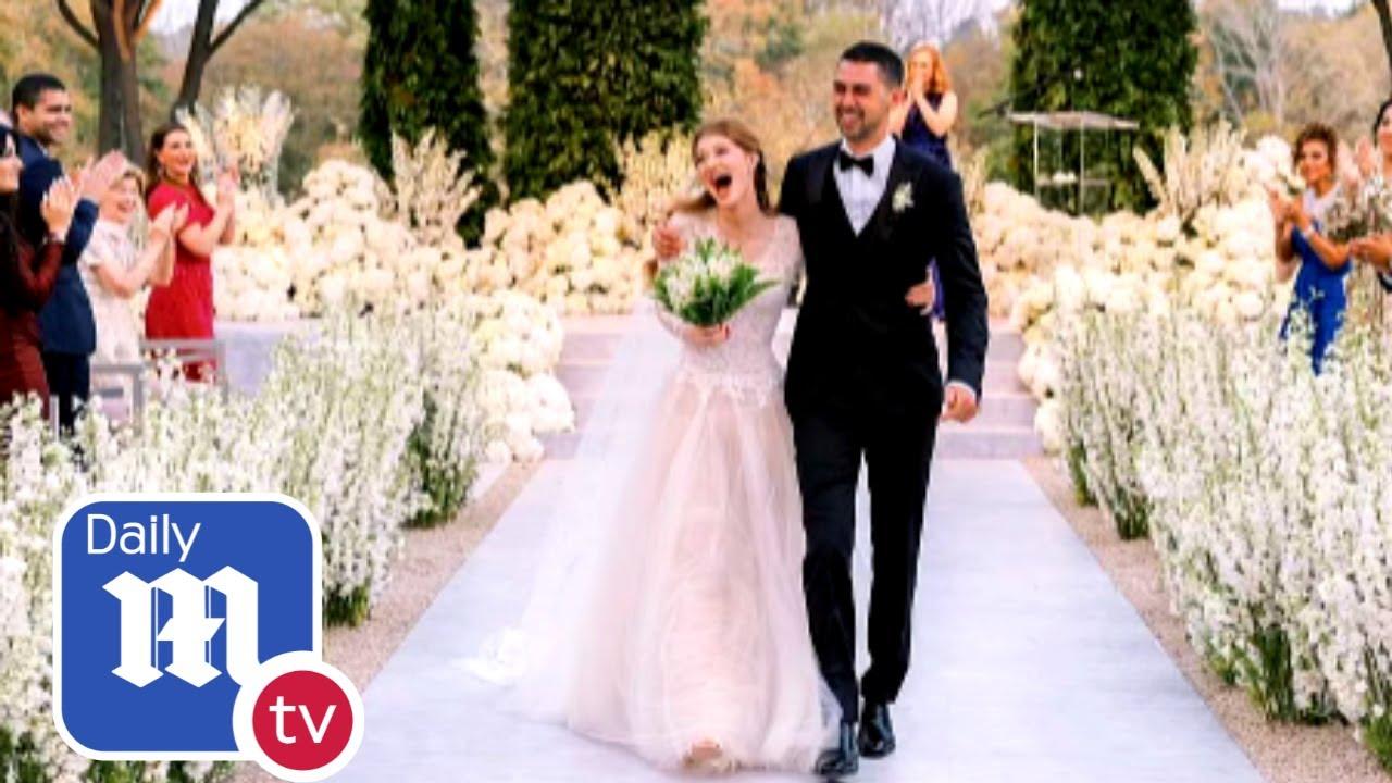 Download Jennifer Gates wedding: Bill Gates's daughter celebrates with post-wedding brunch - DailyMail TV